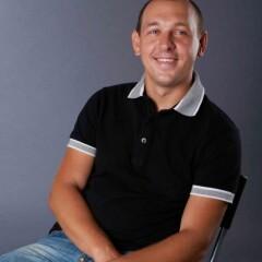 Дмитрий Михнов