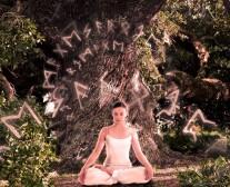 Постер: Рунная йога