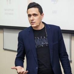 Михаил Колмаков