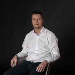 Игорь Крестинин