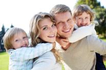 Постер: Верность и уважение в семье